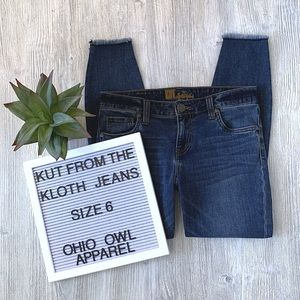 EUC Kut from the Kloth Connie Ankle Skinny Jeans